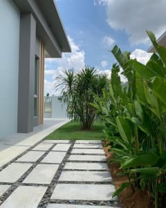 Amber Hills I - Garden
